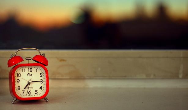 red clock flickr eflon.png