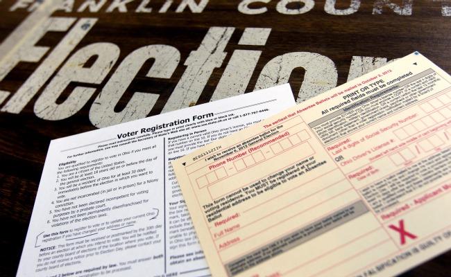 voterreg.banner.reuters.jpg