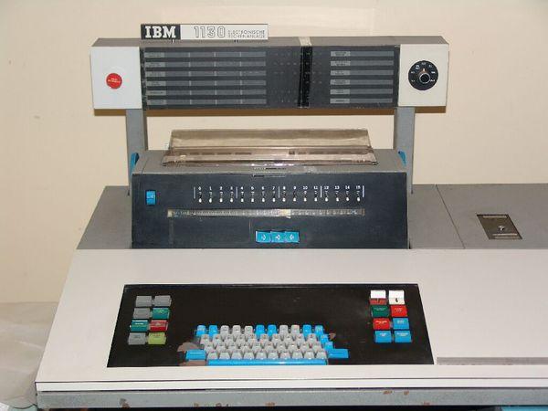 IBM1130_console.jpg