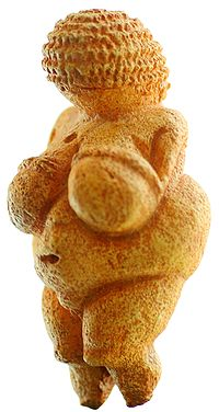 200px-Venus_von_Willendorf_01.jpg