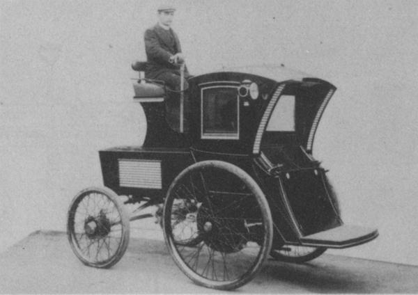 Electric Vehicle Company taxicab.jpg