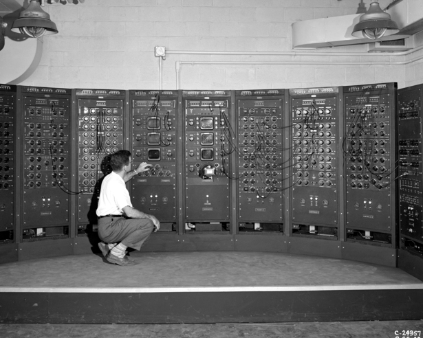 analogcomputer.jpg