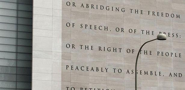 544px-Newseum_5_Freedoms_1st_Amendment-615.jpg
