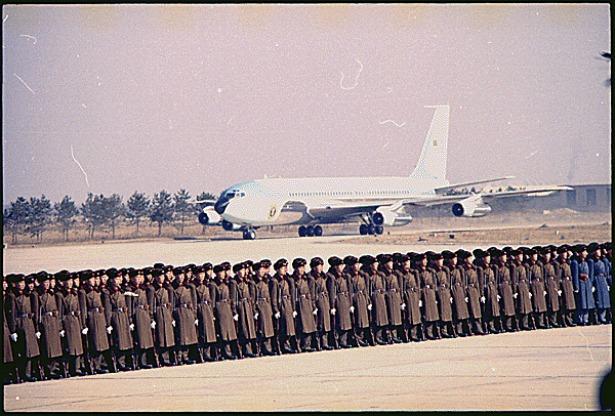 AirforceOne_full.jpg