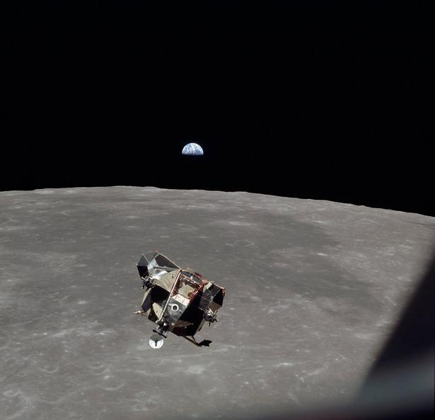 lunarmoduleascent.jpg