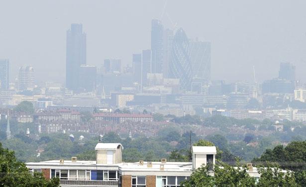 london-smog-615.jpg