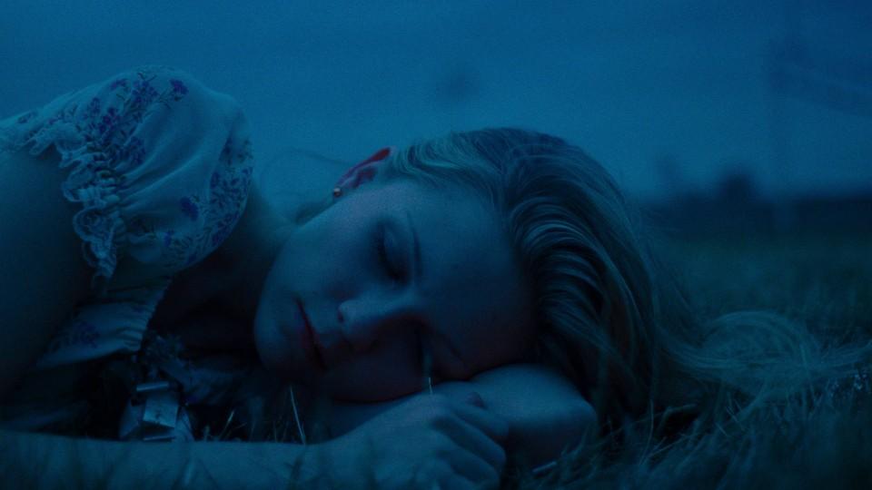 Kirsten Dunst in 'The Virgin Suicides'