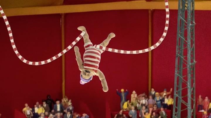 John Dillermand at the circus