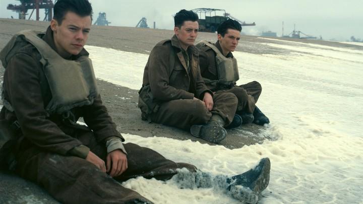 Harry Styles, Aneurin Barnard, and Fionn Whitehead in 'Dunkirk'