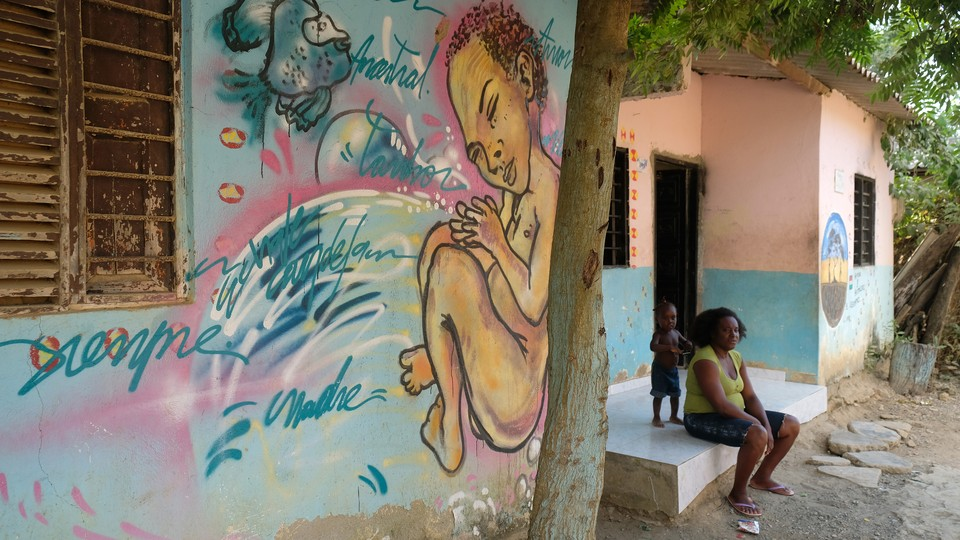 A mural with writings in Palenquero, an endangered contact language spoken in the Colombian village of San Basilio de Palenque