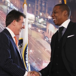 Robert Diamond shakes hands with Jay-Z