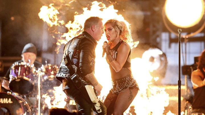 Metallica's vocalist James Hetfield had to share the mic with Lady Gaga at the Grammys, after technical issues left his own muted.