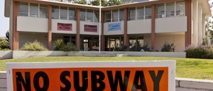 A photo of Beverly Hills High School, which is resisting plans to build a subway tunnel underneath the school.