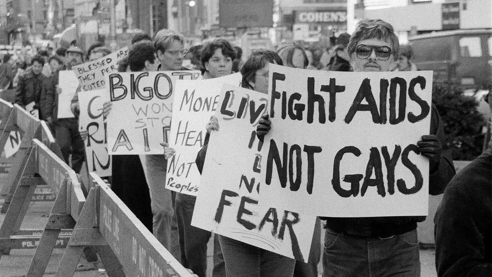 Demonstrators protest near City Hall in New York in 1985.