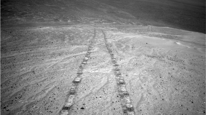 The Opportunity rover looks back on its tracks on Mars.