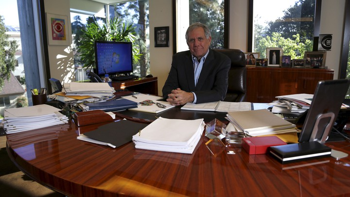 Les Moonves in his office in 2016