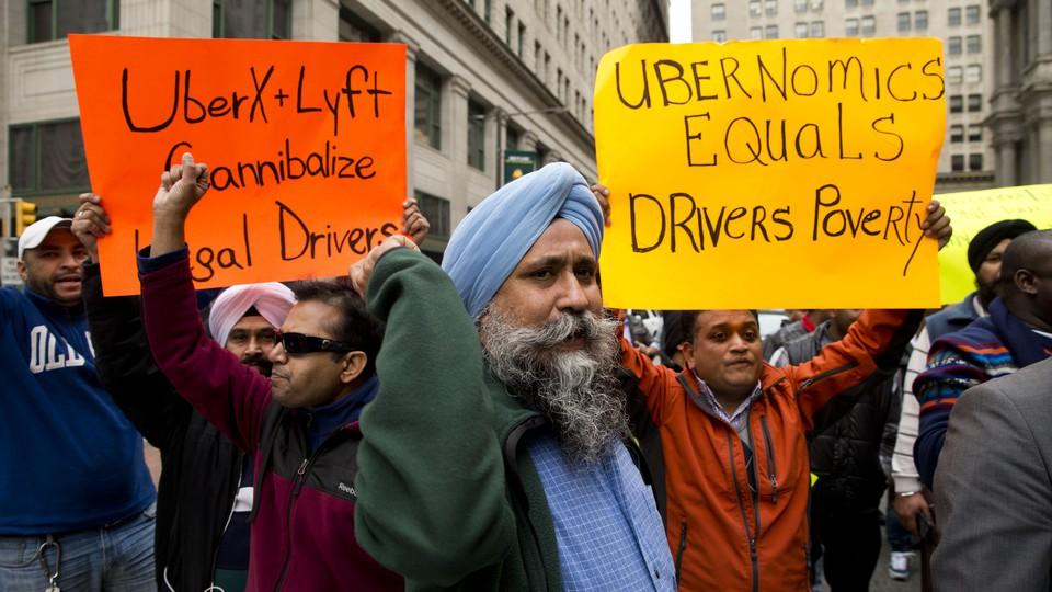 "Drivers protest ""Ubernomics"""