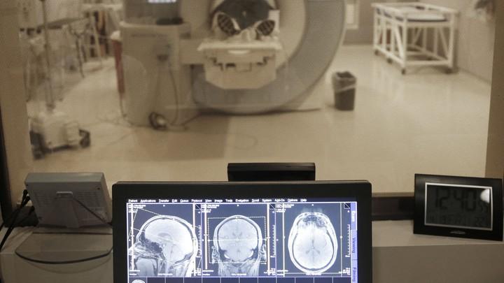 The former Detroit Lions quarterback Eric Hipple undergoes an MRI.