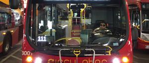 An electric bus awaiting passengers in Washington D.C.'s Union Station bus deck.