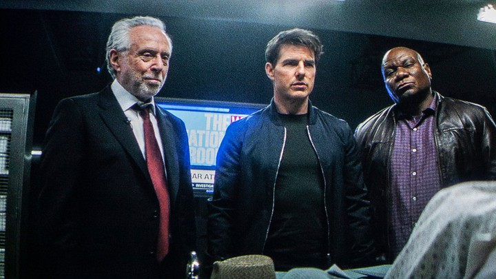 Wolf Blitzer, Tom Cruise, and Ving Rhames in 'Mission: Impossible—Fallout'