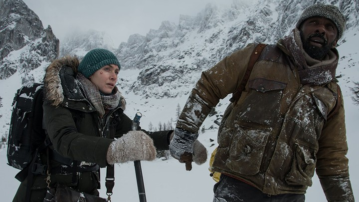 Kate Winslet and Idris Elba in 'The Mountain Between Us'