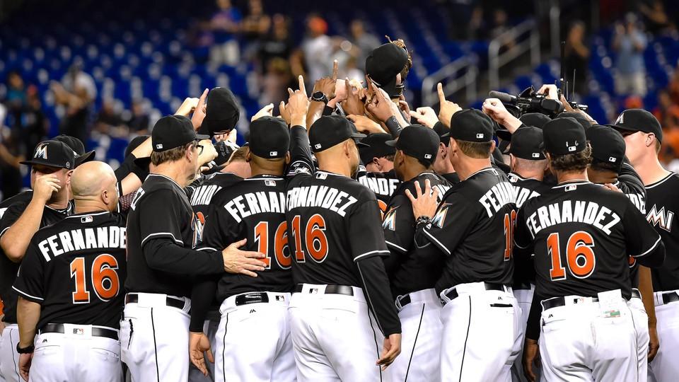 Miami Marlins honor Jose Fernandez