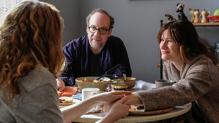 Paul Giamatti and Kathryn Hahn in 'Private Life'