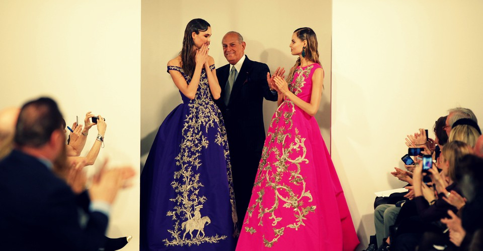 Oscar De La Renta S All American Fashion Revolution The Atlantic