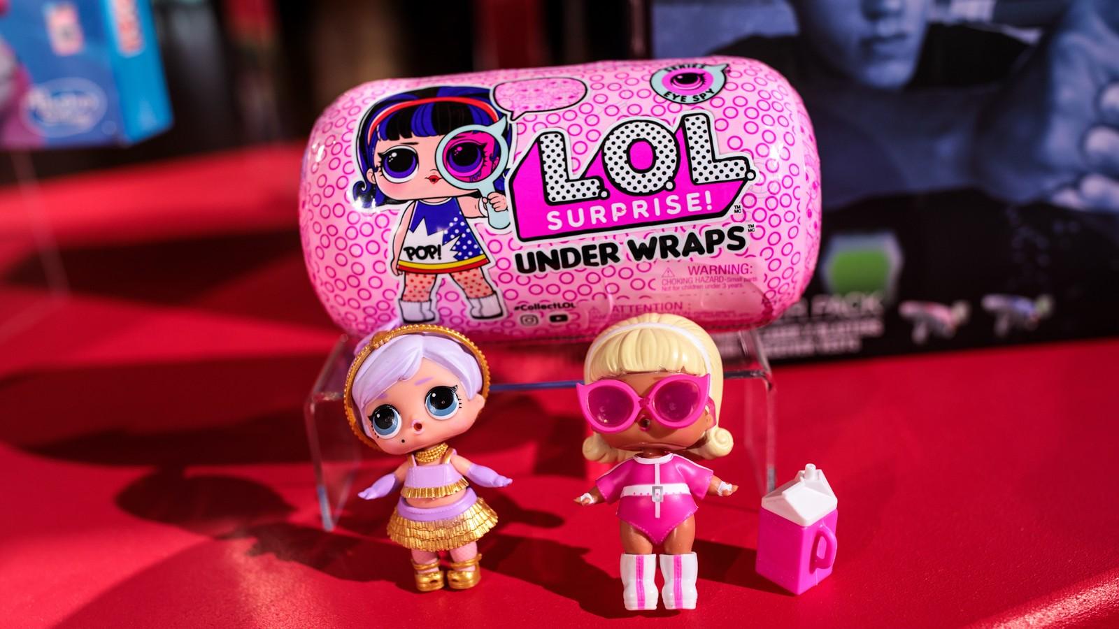 L.O.L. Surprise! Deluxe Present Surprise Assortment