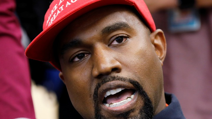 """Kanye West in a """"Make America Great Again"""" hat at the White House"""