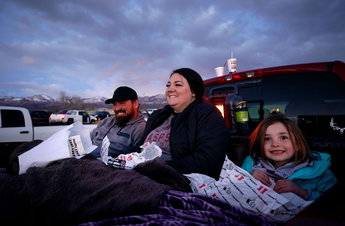 A Moment for Drive-In Movie Theaters (18 photos)