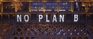 Slogan projected on the Eiffel Tower for World Climate Change Conference