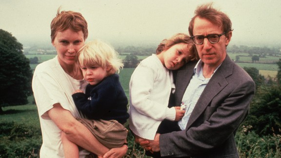Mia Farrow, Ronan Farrow, Dylan Farrow, and Woody Allen