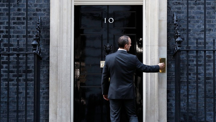 Now-former Brexit Secretary Dominic Raab arrives at 10 Downing Street on November 13.