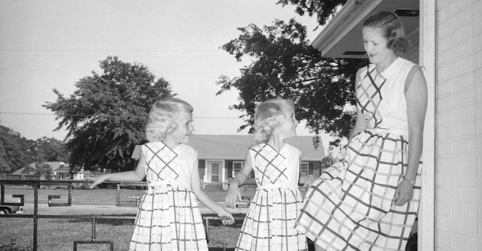What Mommy And Me Fashion Says About Mothers Daughters The Atlantic