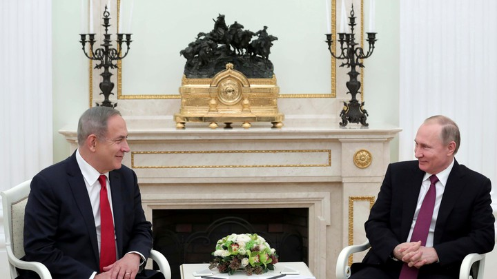 Russian President Vladimir Putin meets with Israeli Prime Minister Netanyahu in Moscow in 2017