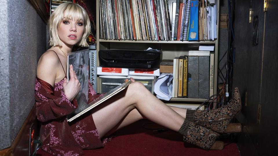 Carly Rae Jepsen publicity image