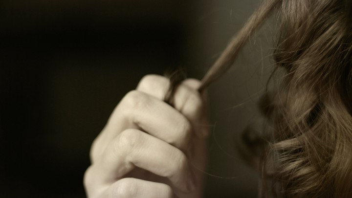 Why It S So Hard To Treat Compulsive Hair Pulling The Atlantic
