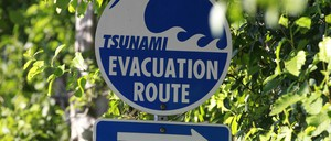 photo: Tsunami evacuation route sign in Washington State.