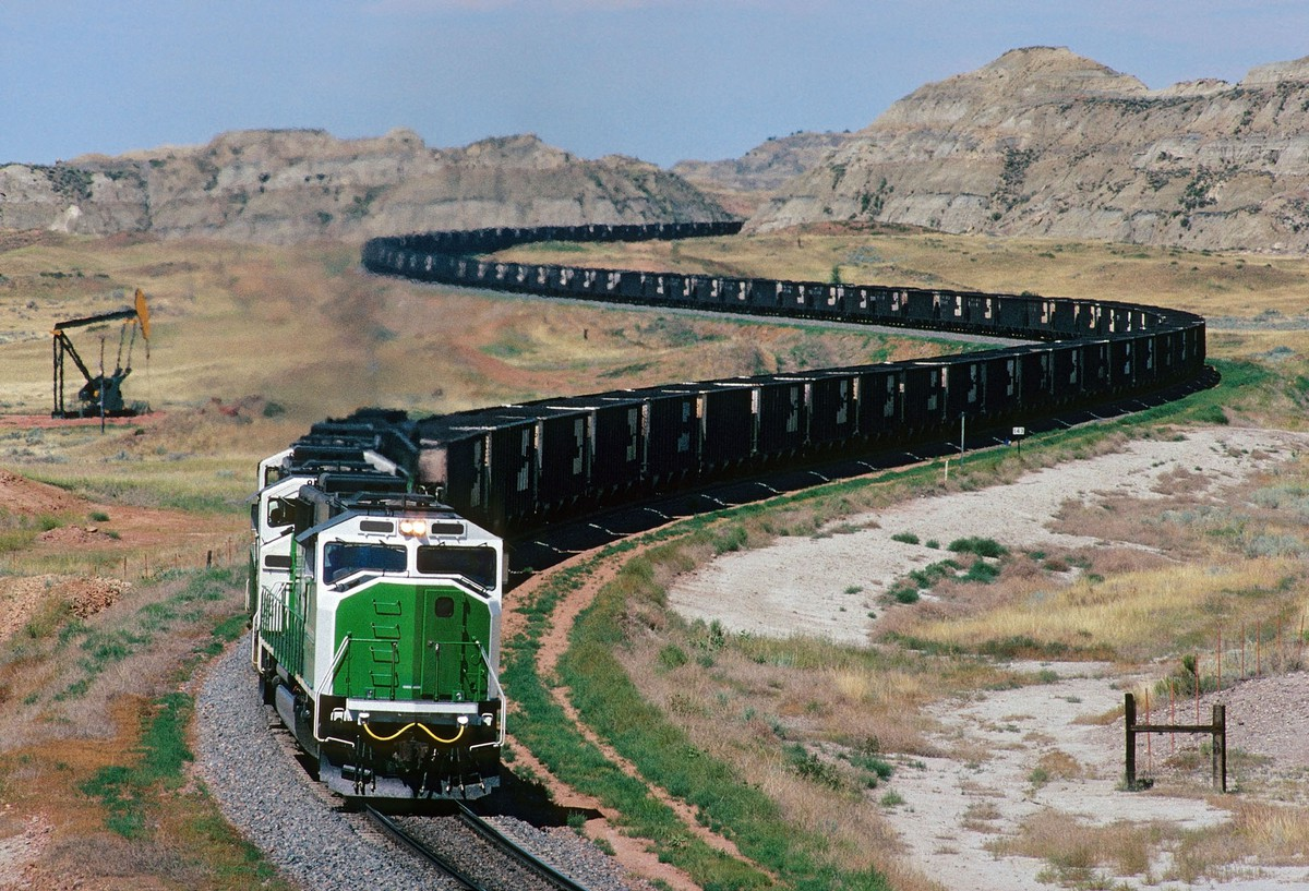 North Dakota: Images of the Peace Garden State (33 photos)
