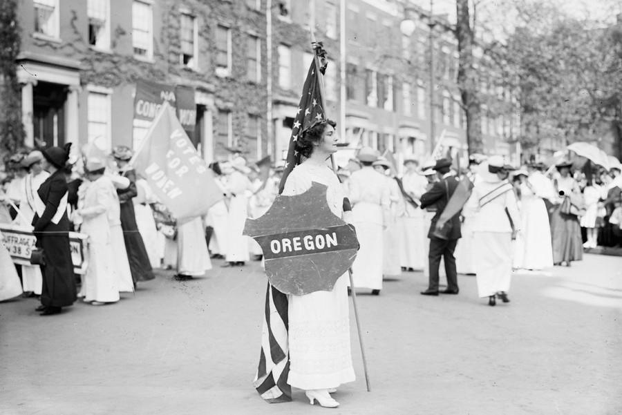 suffrage hikers,Woman Suffrage Parade,1913 General/' Rosalie Jones,Ida Craft