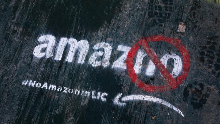 """Graffiti in Queens reads """"Amaz-no"""""""