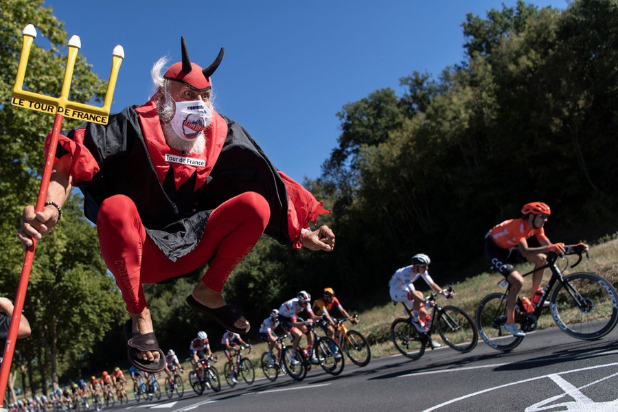 Scenes From the 2020 Tour de France