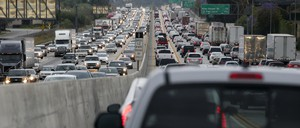 A view of traffic near Los Angeles.