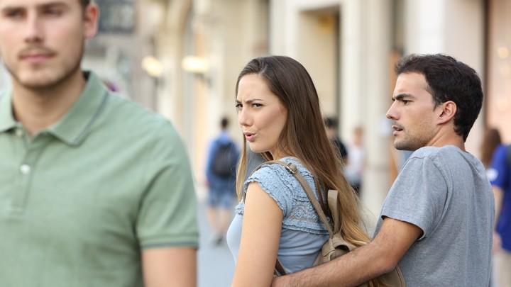 "The ""distracted boyfriend"" meme gets reversed."