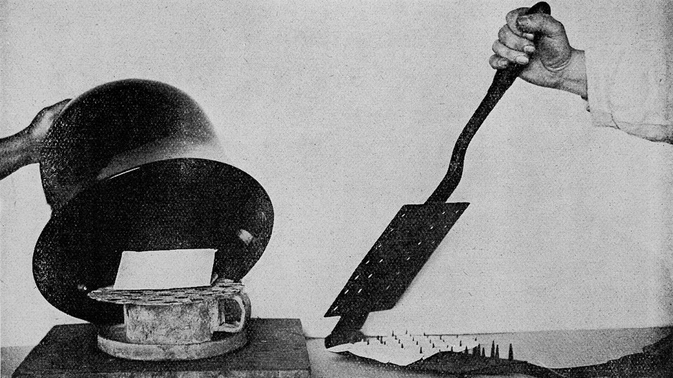 A device for fumigating letters