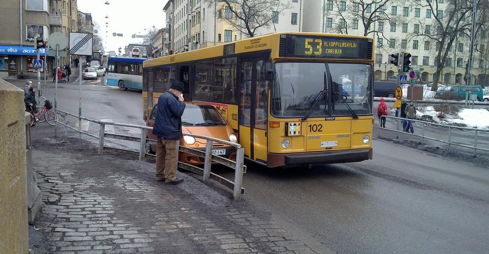Bus Helsinki Turku