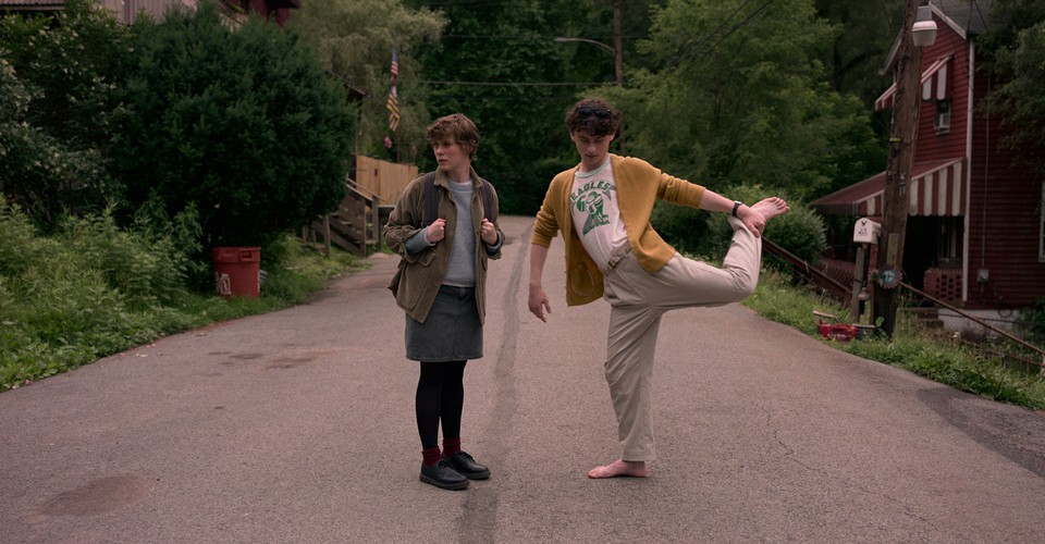 Why Netflix S Teen Dramas Feel So Retro The Atlantic