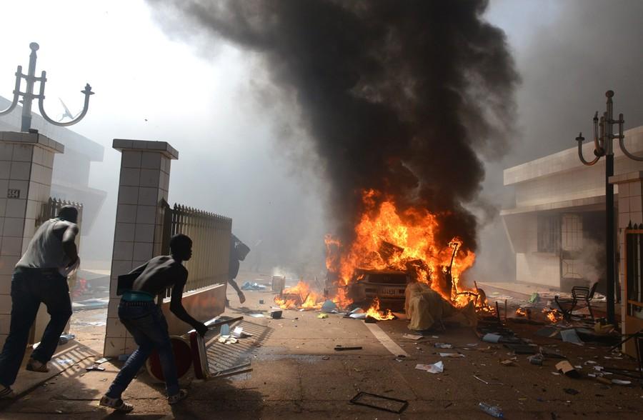 Protesters Storm, Burn Burkina Faso Parliament - The Atlantic