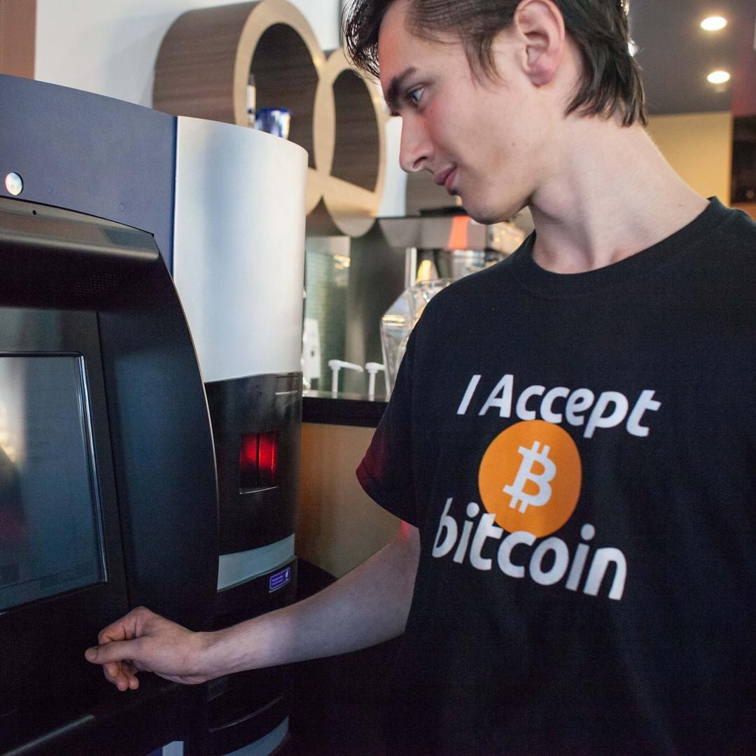 spot trading bitcoin doge btc prekyba